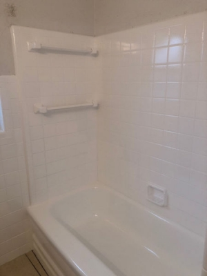Refinished and repaired tile and tub